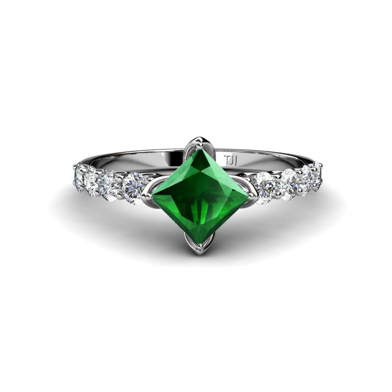 emerald and engagement ring si2
